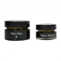 Mariage thé Matcha et Miel - Natural honey with matcha tea to prepare detox drink. In  glass jar.
