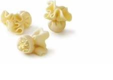 Bag-shaped pasta filled with pear and cheese - Bag-shaped pasta filled with pear and cheese