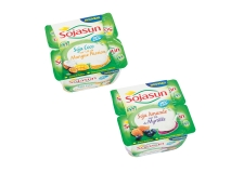 Desserts Sojasun bi-couche sur lit de fruit - Teneur réduite en sucre - Low sugar soy and nut dessert on fruit layer. Source of calcium. Rich in plant protein. French GMO-free soy.<br /> <br><br>Selected for the blend of soy with another plant drink.<br>
