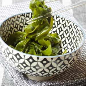 A bowl of seaweed