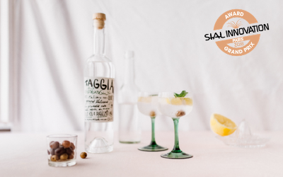 SIAL Paris 2018 Grand prix, Olio Roi's Taggiasca Extravirgin gin  offers gin distilled with juniper and Taggasca olives.